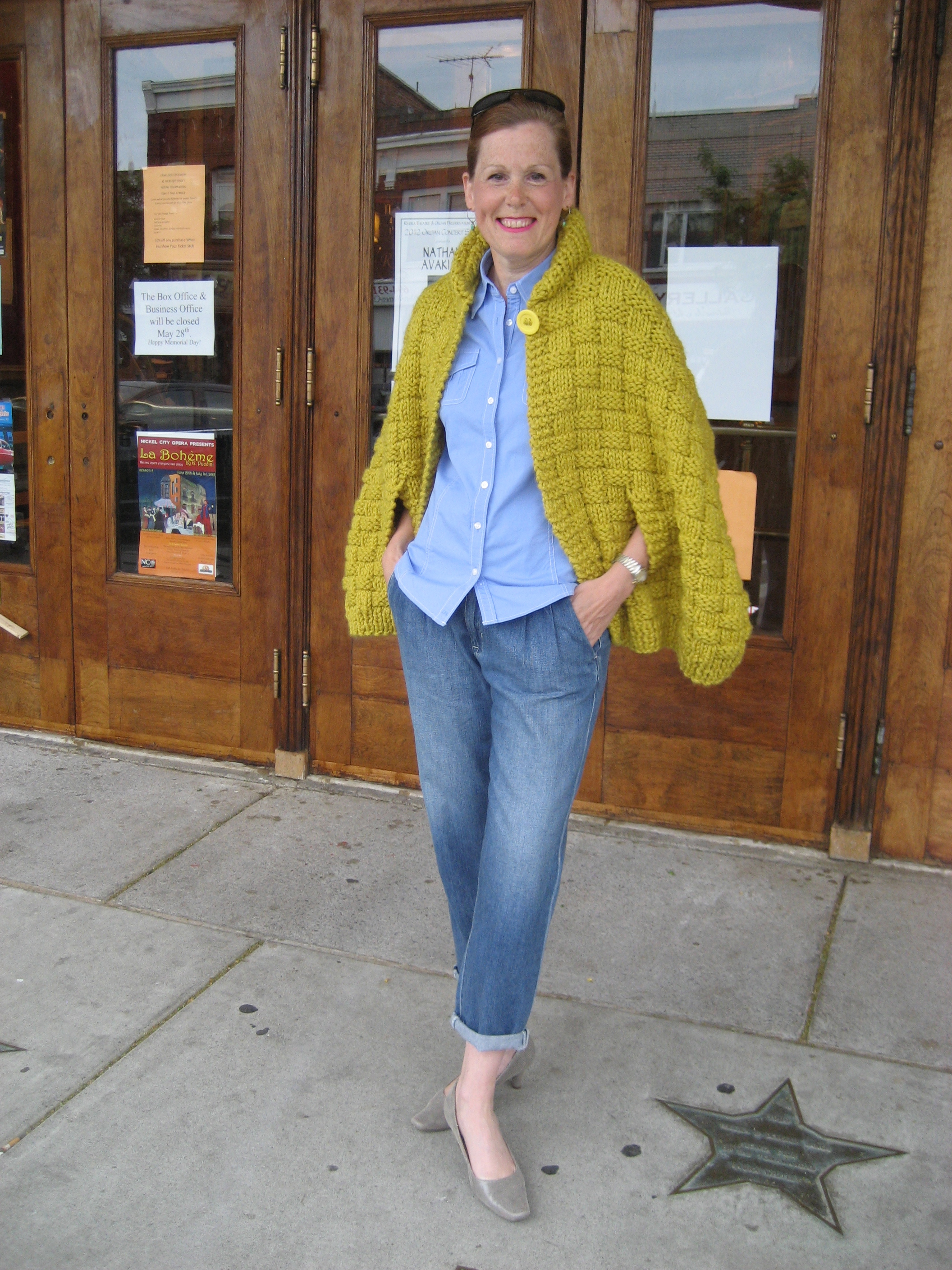 Vogue Knitting Cape Pattern : Lynne Barr   Holly Knits