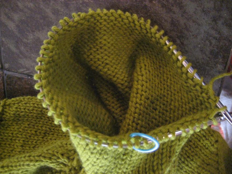 10 inch needle for sleeve